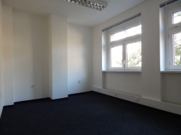 Office premises for rent - 23 m2 – Zahradnicka street