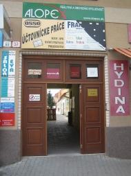 Obchodný priestor 75 m2 - Pezinok, Holubyho ulica