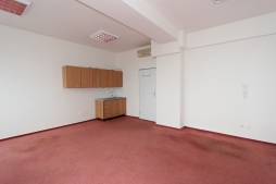 Offices for rent - 52 m2 - Rybnicna street, BA III