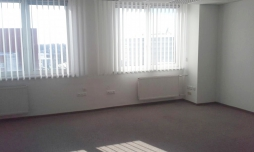 Kancelárske priestory na prenájom - 38 m2 - Mlynské Nivy